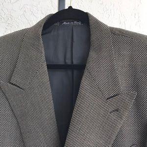 Giorgio Armani 6 button db tweed blazer. 4…